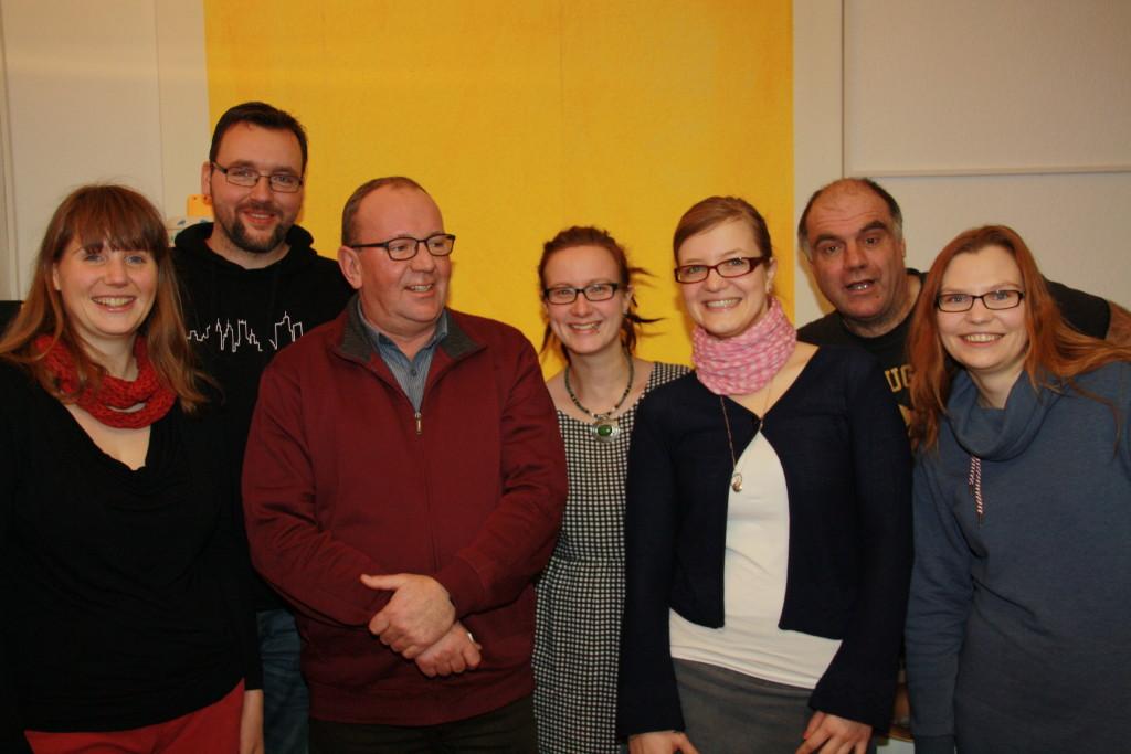 Yvonne, Christian, Freidhelm, Katha, Teresa, Finder und Sine (v. l. n. r)